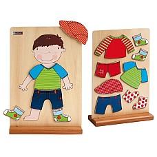 Боби се облича - магнитна дървена игра